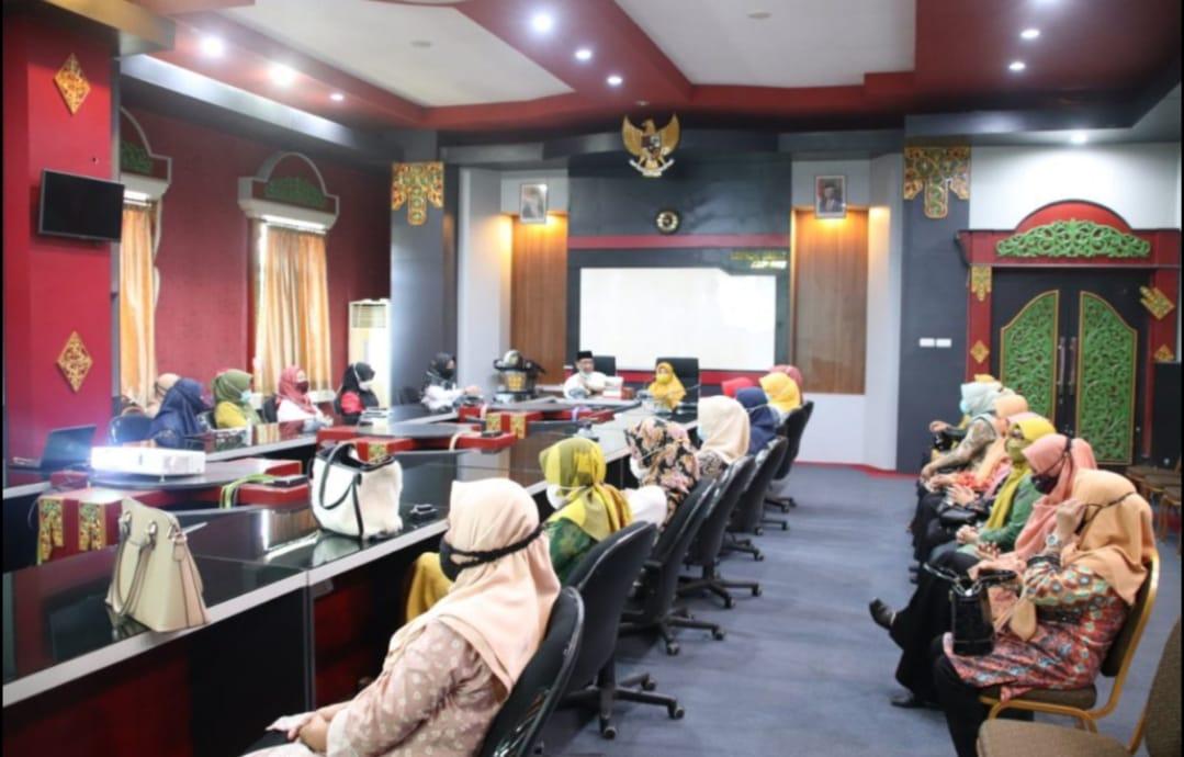Gelar Pertemuan Rutin, DPW Lobar Adakan Tausyiah Ramadhan Dan Doa Bersama