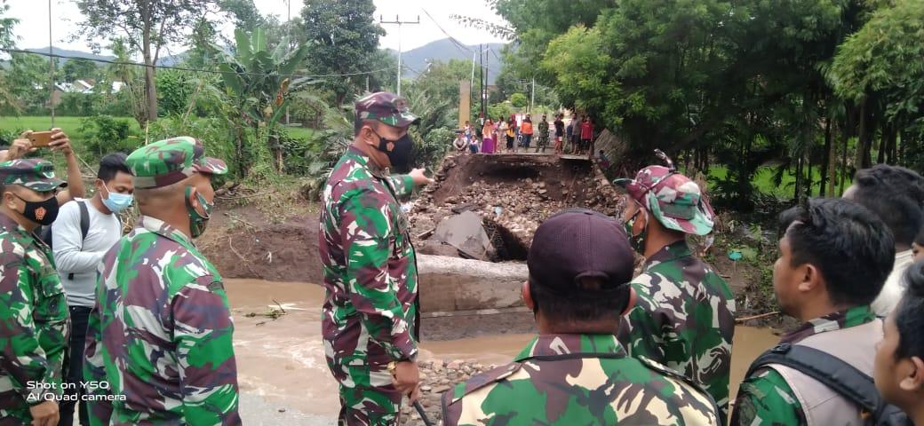 Pasca Banjir Bima, Danrem 162/WB Cek Kondisi Masyarakat dan Fasilitas Umum