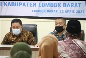 Plan Internasional Indonesia Serahkan APD Bagi Nakes dan Keluarga Rentan Untuk 10 Puskesmas di Lombok Barat.