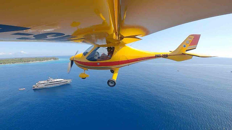 Terbangkan Pesawat Microlight, Kakansar Pantau Wilayah Perairan Melalui Udara