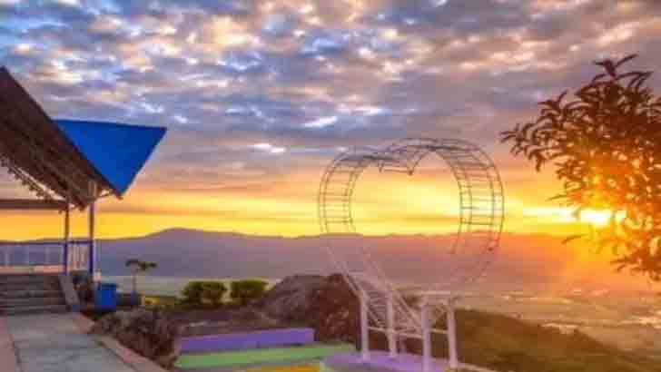 Khayangan Sunrise, Spot Wisata Multi Destinasi