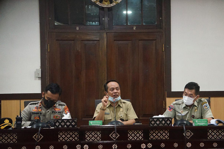 Rapat Evaluasi Gugus Tugas Covid-19 Kota Mataram
